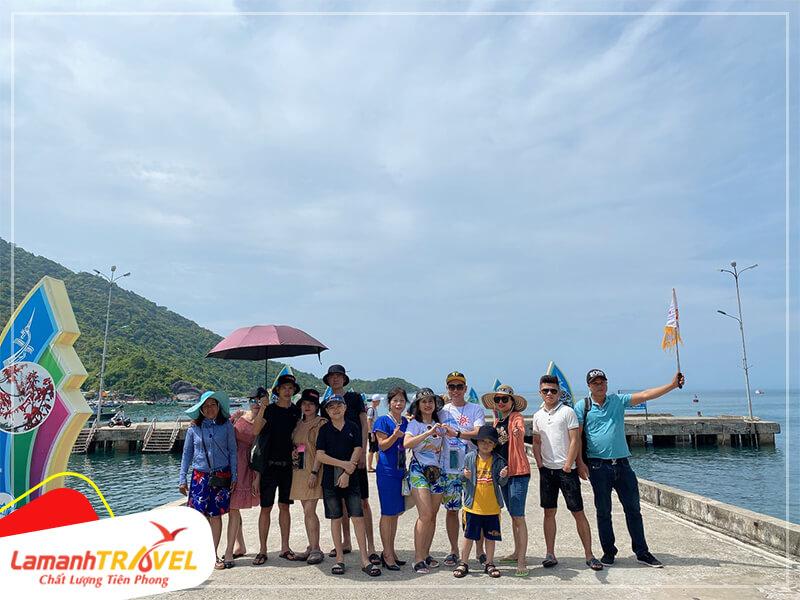 đoàn khách lamanh travel check in cù lao chàm