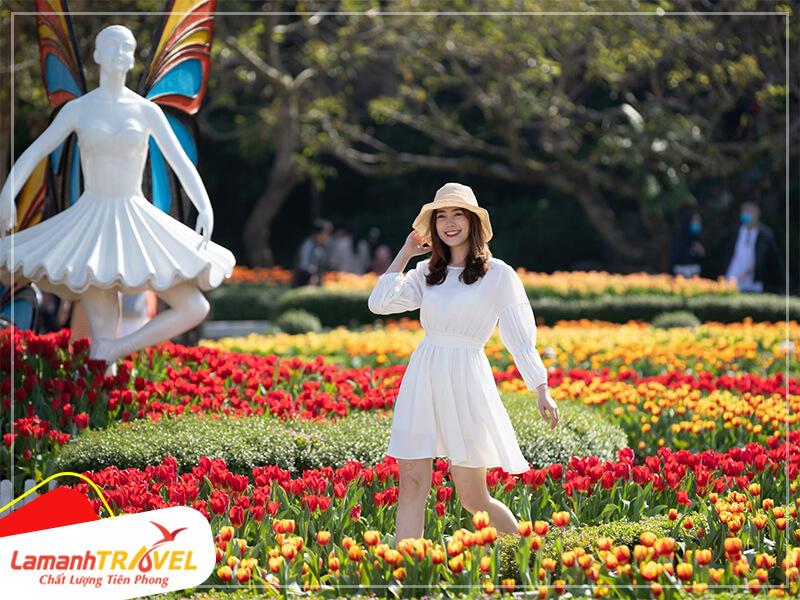 Khám phá vườn hoa Le Jardin D'Amour bay bổng và lãng mạn là điều mỗi du khách không thể bỏ qua khi đến Sun World Ba Na Hills
