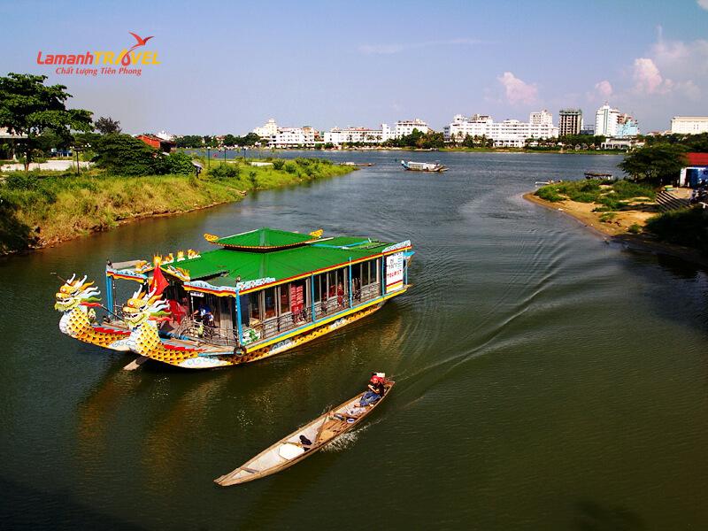 thuyền rồng sông hương